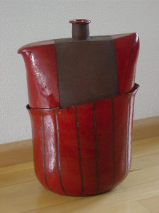 Paulien Hakkert keramiek Rode vaas (verkocht)